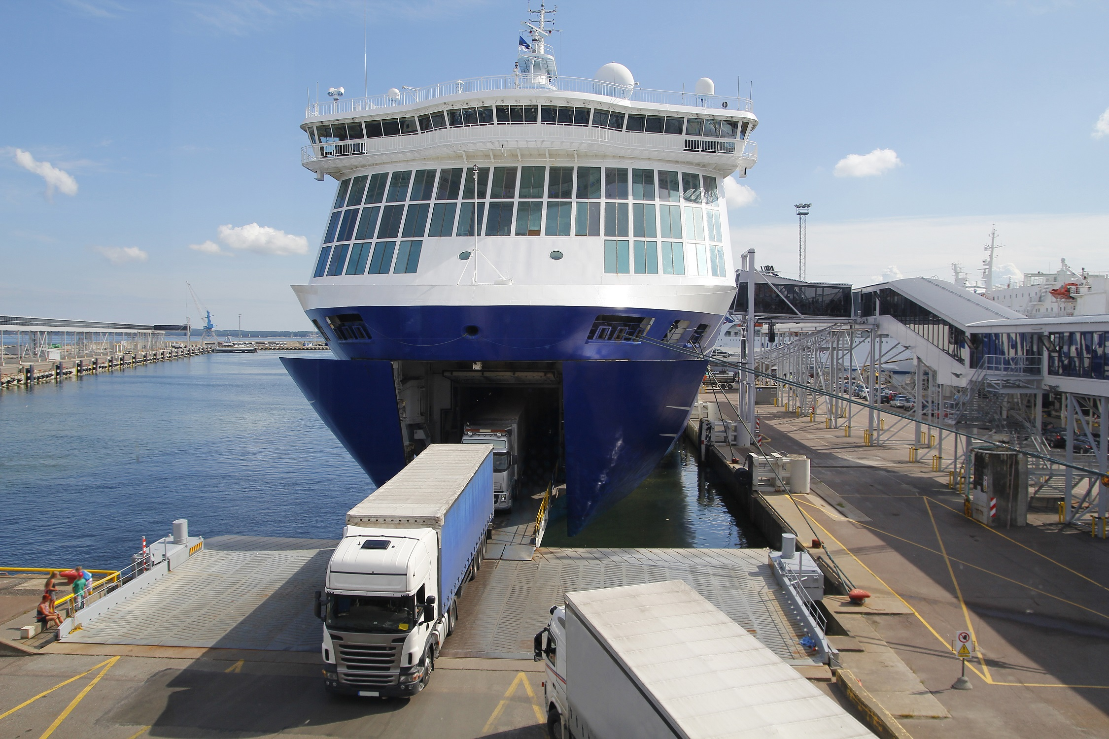 Ferry Safety – Lashing of Vehicles in Adverse Weather Conditions